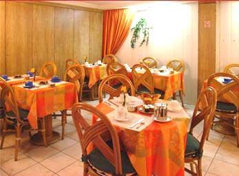 Salle petit déjeuner Hôtel Arc de Triomphe Etoile Paris