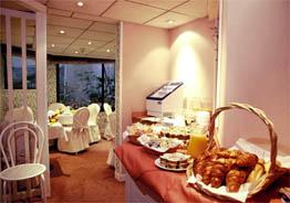 Salle petit déjeuner Hôtel Fertel Etoile Paris