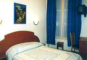 Chambre Hôtel la Pointe Rivoli Paris