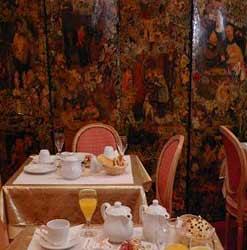 Salle petit déjeuner Hôtel Bouquet de Longchamp Paris