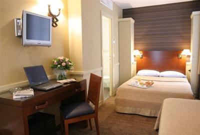 Hotel de Longchamp
