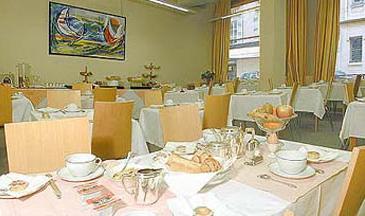 Salle petit déjeuner Hôtel Régina de Passy Paris