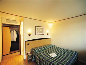 Chambre Hôtel Campanile Issy-les-Moulineaux