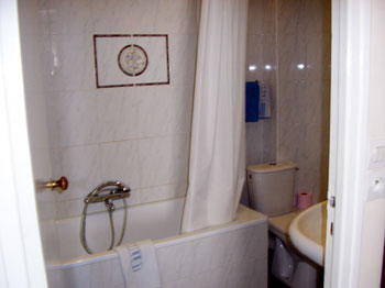 Salle de bains hôtel Maillot Neuilly