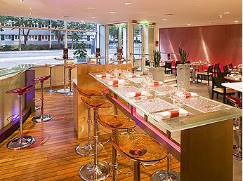 Petit déjeuner Hôtel Mercure Paris La Défense 5