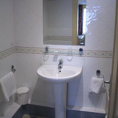 Salle de bain Hotel de Normandie Lyon 02