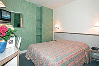 Chambre Hotel Savoy  Clichy