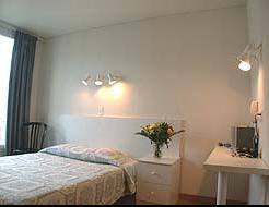 Chambre Hôtel Terminus Asnières