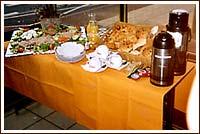 Petit déjeuner Hôtel Victor Hugo  Rueil Malmaison