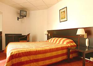 Chambre Hôtel Richelieu Lyon 06