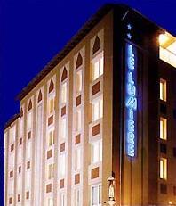 Façade Hotel Le Lumière Lyon 08