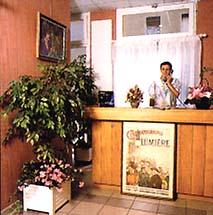 Réception Hotel Le Lumière Lyon 08
