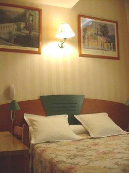 Chambre Hôtel Relax Marseille 01
