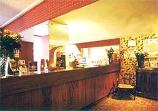 Réception Hôtel Rome et Saint Pierre Marseille 01