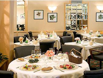 Petit déjeuner Hôtel Mercure Paris Porte d'Orléans Montrouge