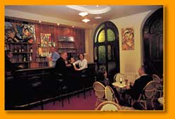 Bar Hôtel La Résidence du Vieux Port Marseille 02