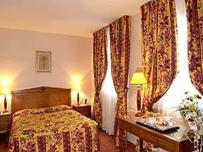 Chambre Quality Hotel Hôtel Le Cardinal Rueil Malmaison