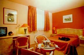 Chambre Hôtel Quality INN Nanterre