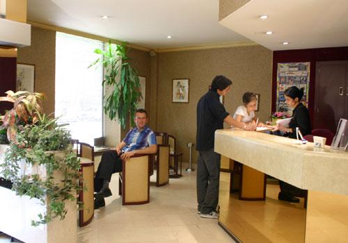 Réception Select Hôtel Boulogne Billancourt
