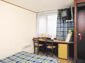 Chambre 2 Hôtel Campanile Levallois Perret