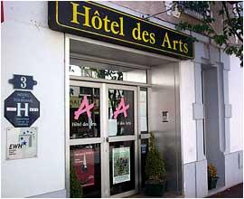 Entrée Hôtel des Arts Rueil Malmaison