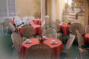 Petit déjeuner Hôtel des Arts Rueil Malmaison