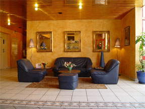 Salon Comfort Inn Gennevilliers