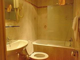 Salle de bain Familia Hôtel Paris
