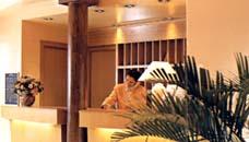 Réception Hôtel Alixia Bourg la Reine