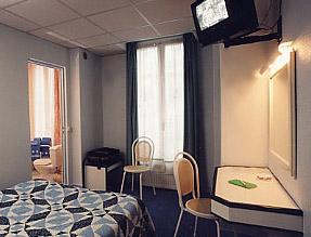 Chambre 2 hôtel de Paris la Défense Puteaux