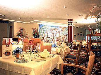 Petit déjeuner Hôtel Mercure Paris La Défense Nanterre