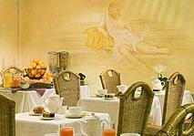 Petit déjeuner Hôtel Régina Boulogne