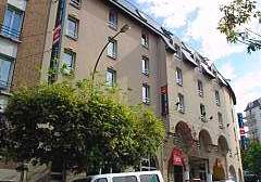 Façade Hôtel Ibis  Issy les Moulineaux