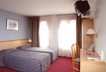 Chambre Comfort Inn Saint Pierre Paris