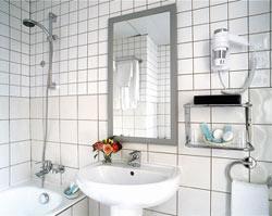 Salle de bain Hôtel des Nations Saint Germain