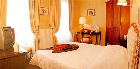 Chambre Hôtel Dacia Paris