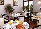 Salle petit déjeuner Hôtel Crimée Paris
