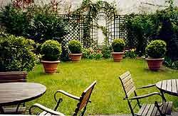 Jardin Hôtel Le Laumière Paris