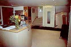 Réception Hôtel Le Laumière Paris