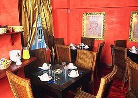 Salle petit déjeuner Hôtel de la Sorbonne