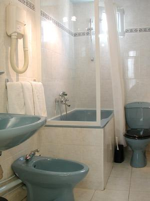 Salle de bain Au Royal Cardinal Hôtel