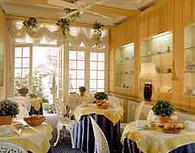 Salle petit déjeuner Hôtel du Danube Saint Germain