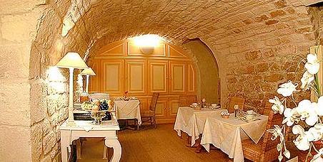 Salle petit déjeuner Hôtel Jardin Bréa Paris