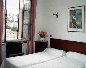 Hôtel du soleil - chambre 1