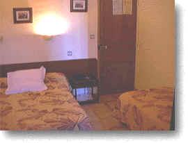 Hôtel du soleil - chambre 2