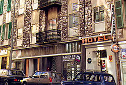 Façade Hôtel Carnot Nice