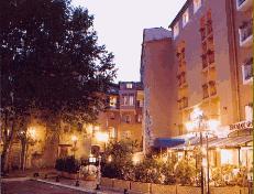 Façade Hôtel du Patti Grasse