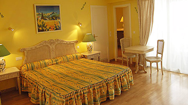 Hotels cannes alpes maritimes h tels cannes alpes for Residence hoteliere madrid