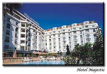 Façade Hôtel Majestic Barrière Cannes