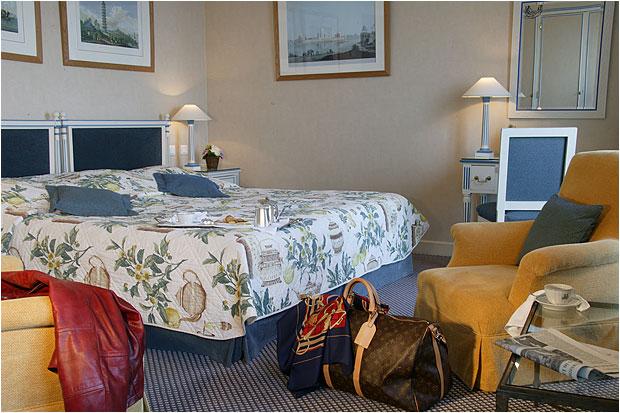 Chambre Hôtel Métropole Baulieu sur Mer